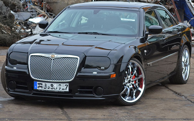 Muscle Car - Chrysler 300SRT